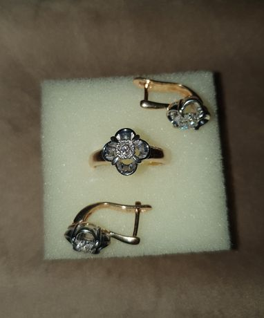 Набор серьги и кольцо 585я, бриллианты,  Россия