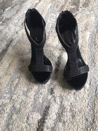 Sandale cu pietre, 36