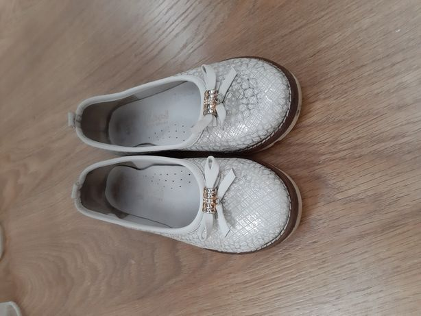 Продам туфли minimen tiflani