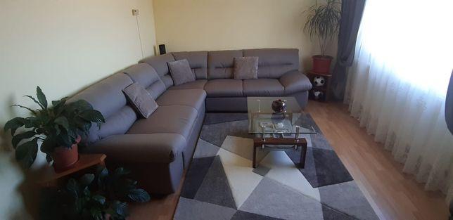 Vând apartament cu 3 camere sau schimb cu casă