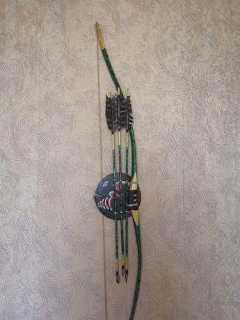 Декоративен лък със стрели