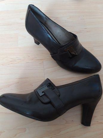 Продам туфли-ботинки,