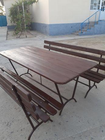 Садовый стол продается