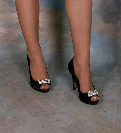 ПРОМО Дамски бални обувки с ток Мегияс