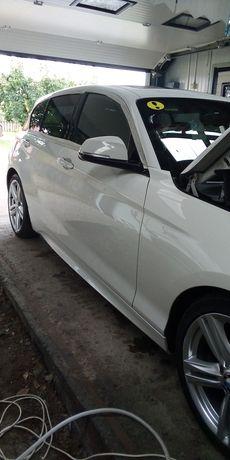 Polish auto și curățire interior auto.