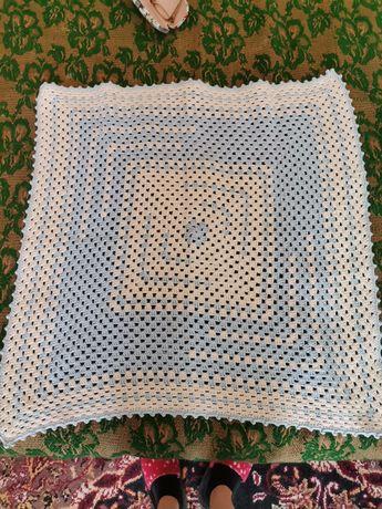 Одеяло плетено за бебе