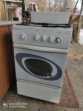 Срочно продам газовую плиту с духовкой