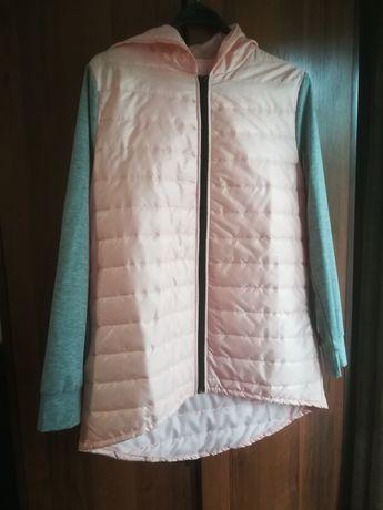 Куртка имитация жилетки +толстовки.