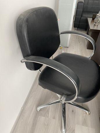 Парикмахеоское кресло