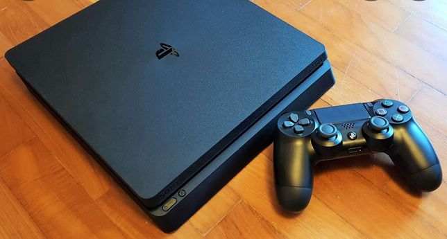 Продам playstation 4 slim 500 gb