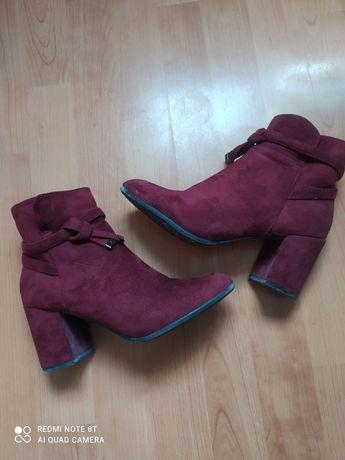 Италиански обувки на ток, бордо