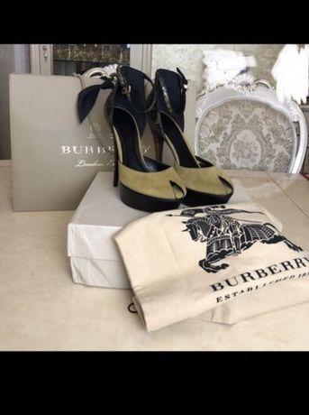 Новые туфли Burberry