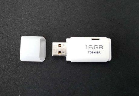 Memory stick Toshiba 16G