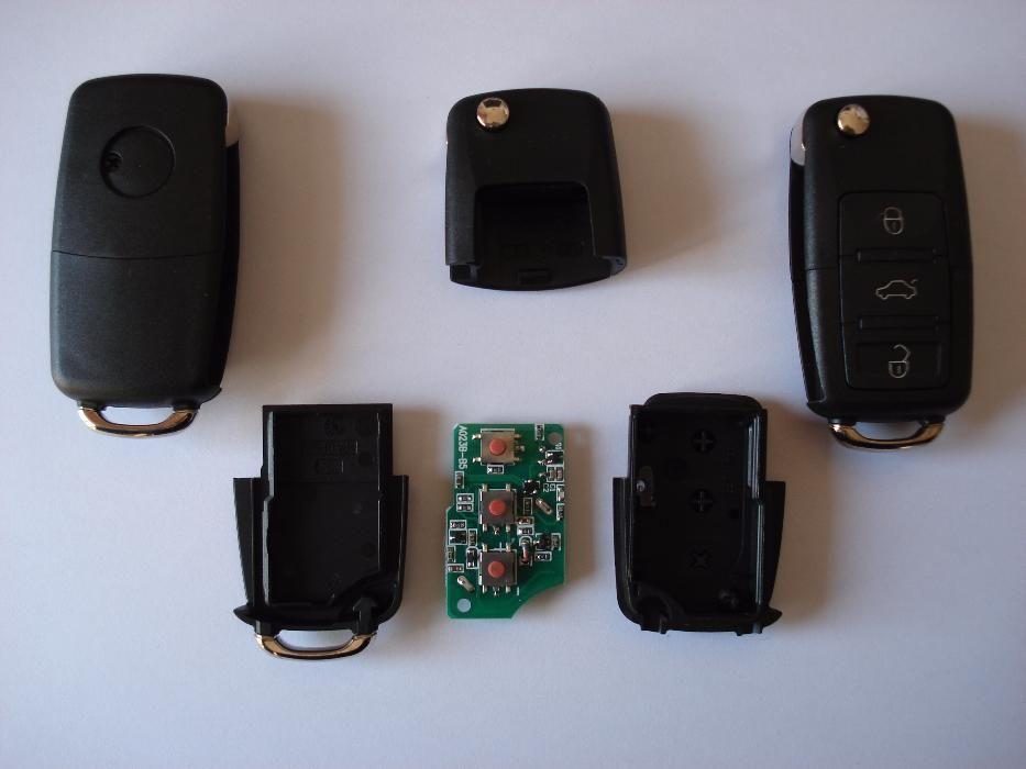 Ключ с 3 бутона 315мхц обучаващ се с комбинация от копчета към аларма!