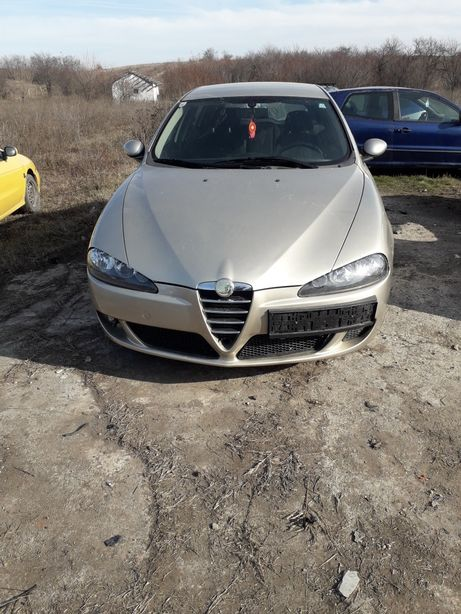 Dezmembrez Alfa Romeo 147. 2005 seria a-2-a 1.6 benzina