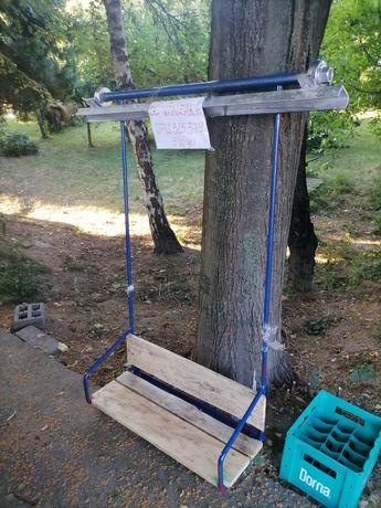 Leagan fier și lemn de relaxare