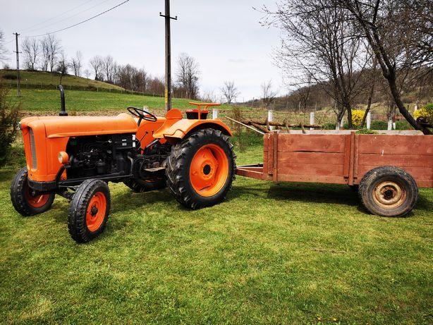 Tractor Fiat  in stare bună