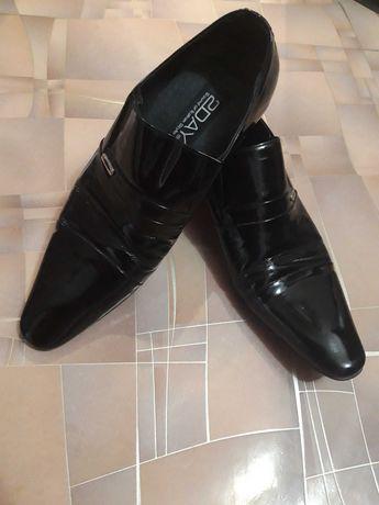 Мужские туфли р.42
