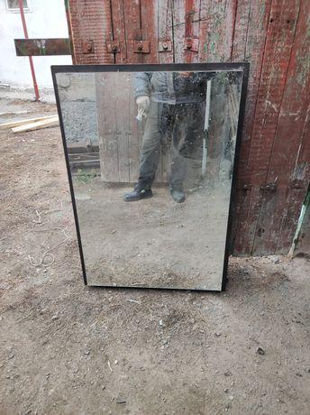 Зеркало большая 80*113 отличном состояний