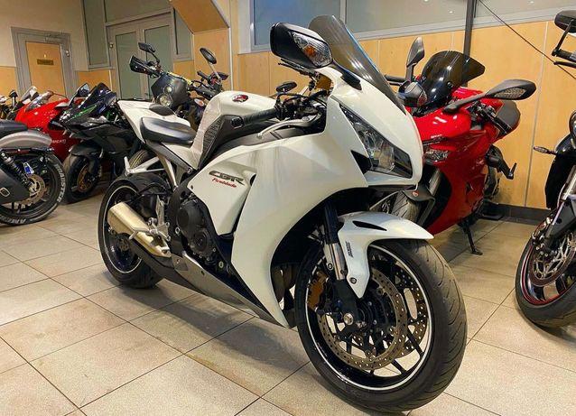 Мотоцикл Honda CBR 1000 (Рассрочка, Доставка по Казахстану, Гарантия)