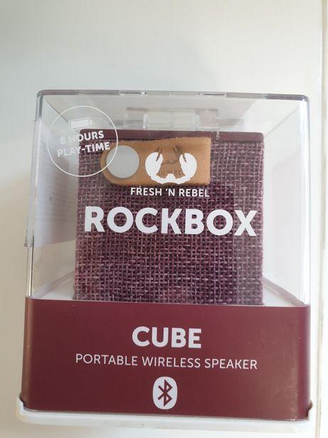 Boxa portabila Rockbox Cube, Bluetooth