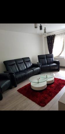 Inchiriez apartament cu 3 camere, zona Dumbrava Nord
