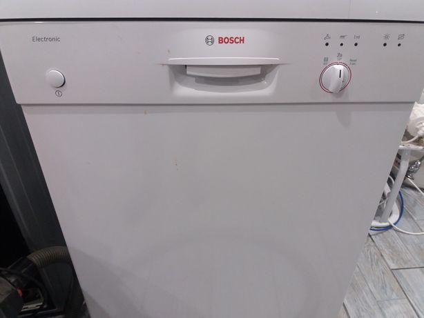 Посудомоичная машина BOSCH