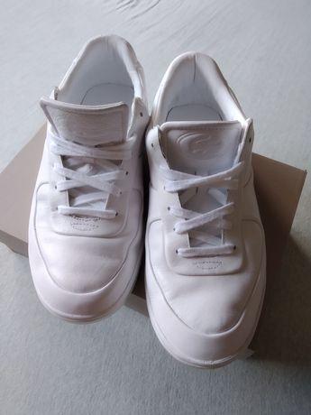 Спортни обувки (маратонки) Lacoste номер 43