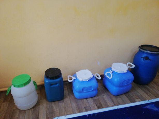 Продам баки оцинкованные и пластиковые