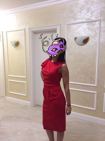 Продавам официална рокля за коктейл/ вечеря