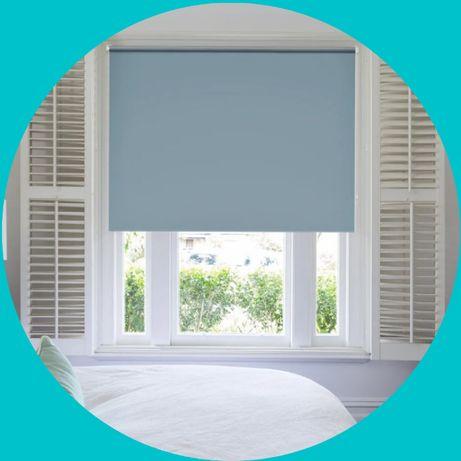 голубые жалюзи и роллшторы с замером и установкой на окна и балкон