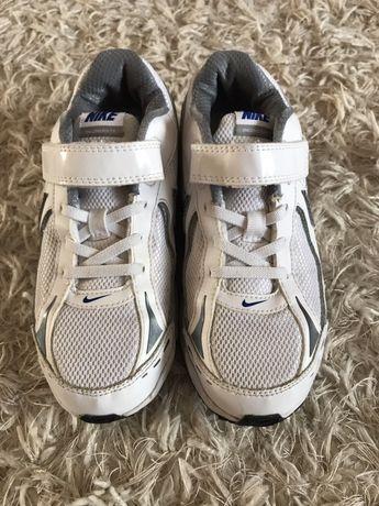 Lot Adidasi