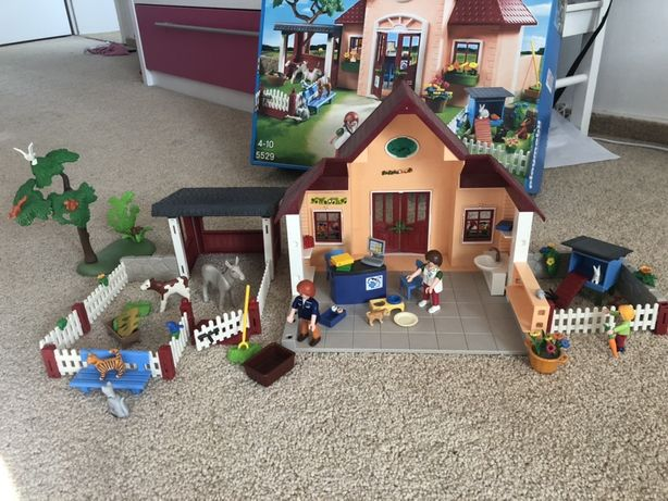 Playmobil clinic