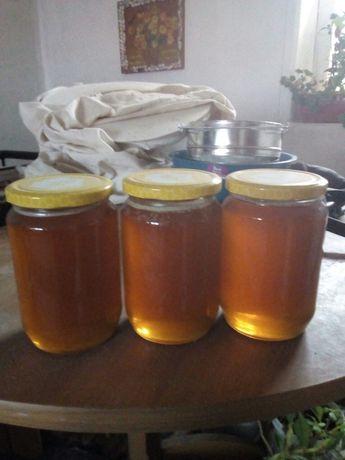 Натурален планински мед