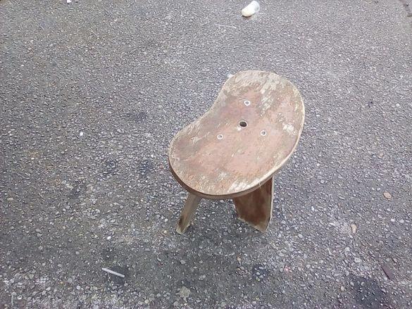Стар детски стол