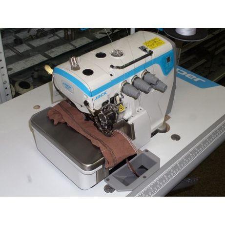 Оверлок пятинитка швейная машинка