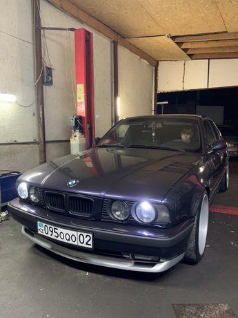 Передний бампер пороги тюнинг BMW E34 M technic