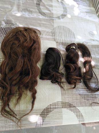 Естественна коса и детски пафти от бял метал
