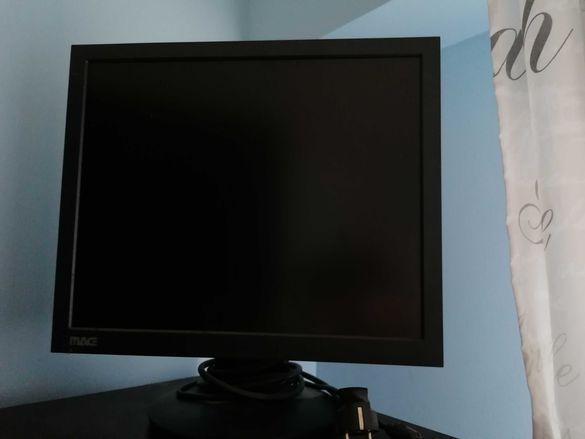 Настолен компютър с монитор