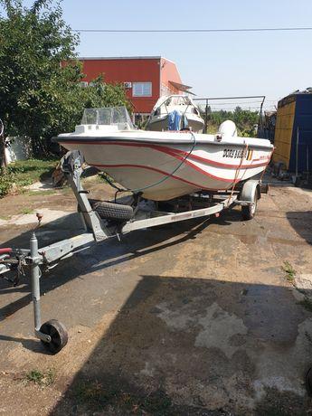 Vand barca Dell Quai Dory + motor Evinrude E-tec 60 cp + peridoc