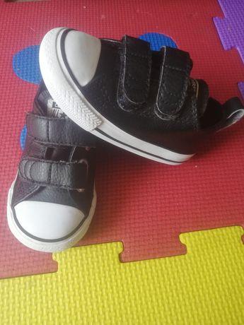 Vând teniși Converse originali, mărimea 21 interior 12,5 cm