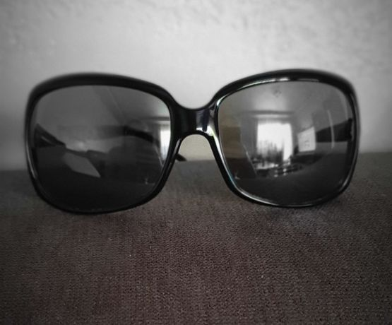 Очила Valentino