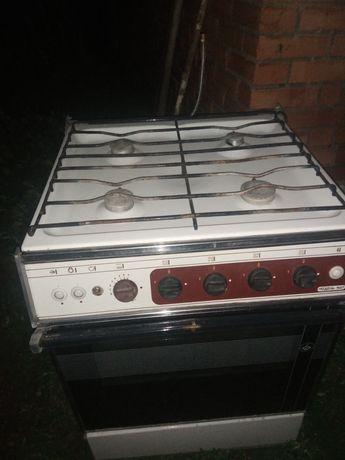 Газовая плита. Печь для пирогов