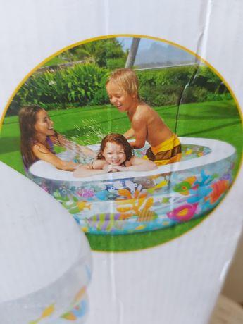 Надувной бассейн!