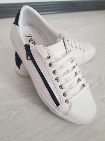 Бели  кезове Zara