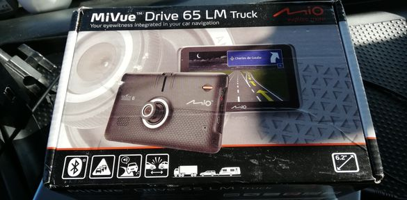 GPS навигация Мио за камиони с камера