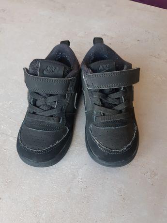 Детски маратонки nike, 23.5 номер, черни