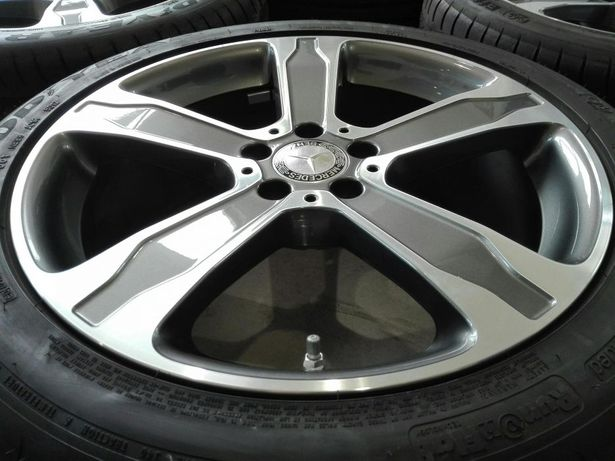 "Jante originale Mercedes GLA W 156, 19""cu anvelope vara"