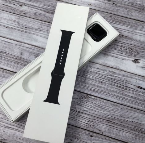 Apple watch SE 40mm #MA11730
