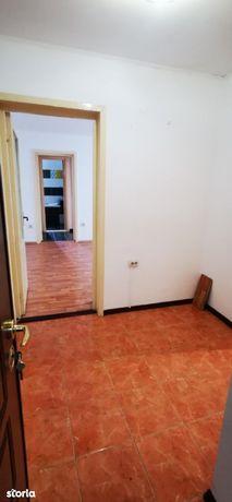 Apartament- 2 camere Zona Crang-Caraiman!!